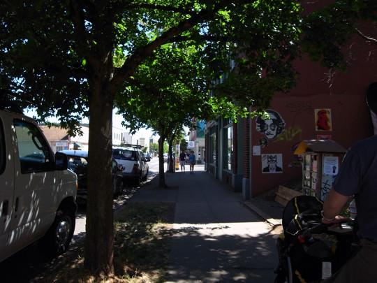ALBERTAの通り風景