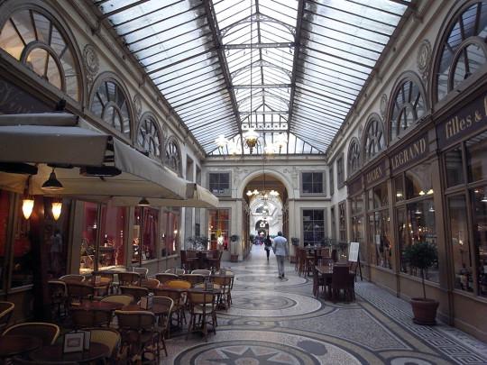 パリの美しきパサージュ